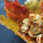 Jak udělat krásnou mísu z listí